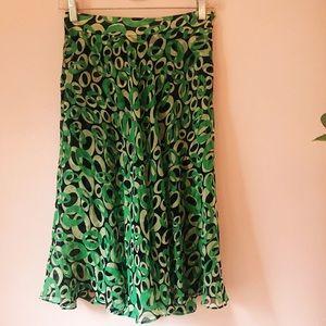 Authentic & Classy Diane von Furstenberg Skirt ✨